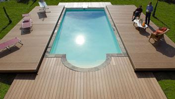 La couverture mobile de piscine pooldeck for Couverture de piscine rigide occasion